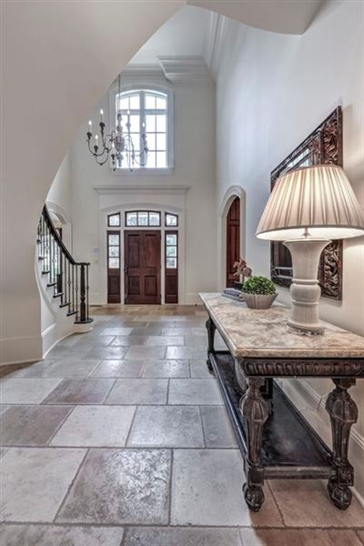 Luxury properties Incredible family home in the ideal location