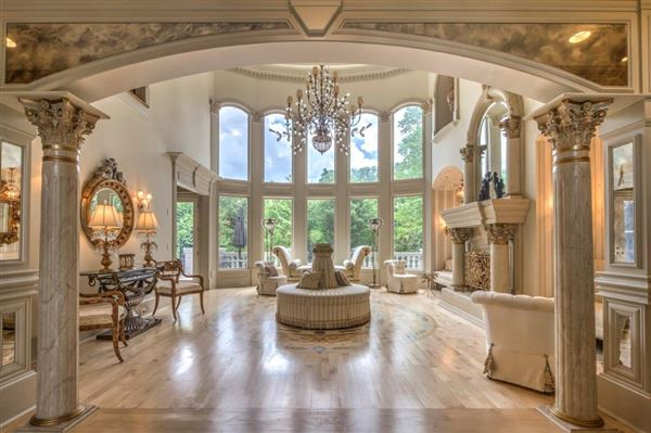 Mansions gorgeous private gated estate