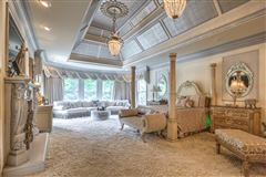 gorgeous private gated estate luxury properties