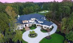 Luxury homes in Golf course views in alpharetta