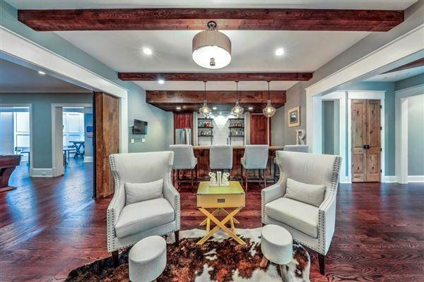Luxury homes Golf course views in alpharetta