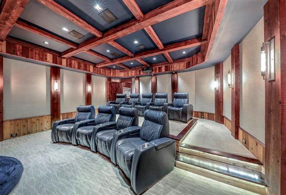 Golf course views in alpharetta luxury real estate