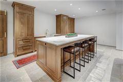 Luxury real estate A beautiful gem in Georgia awaits