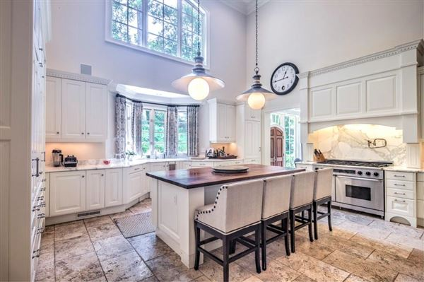 Tuxedo Park at its finest luxury homes