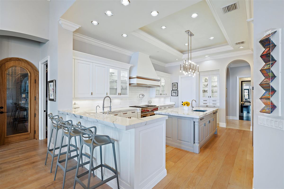 recently renovated lakefront home luxury real estate