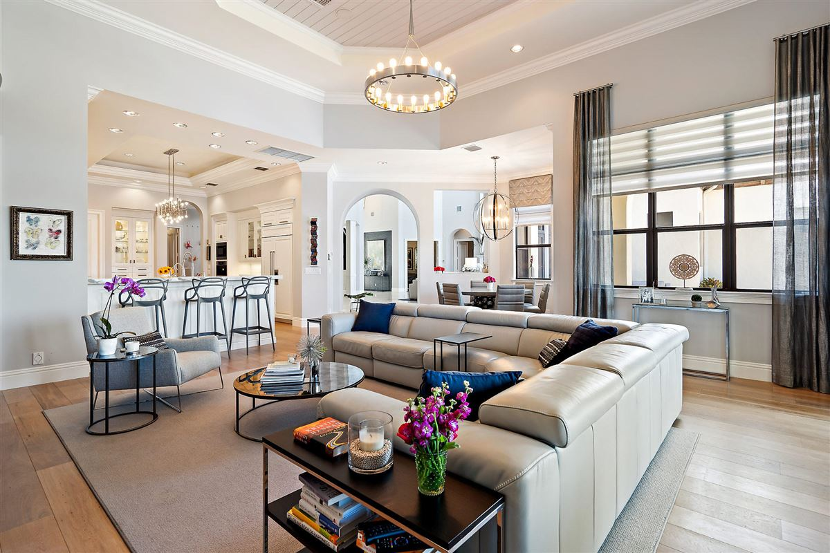 Mansions in recently renovated lakefront home