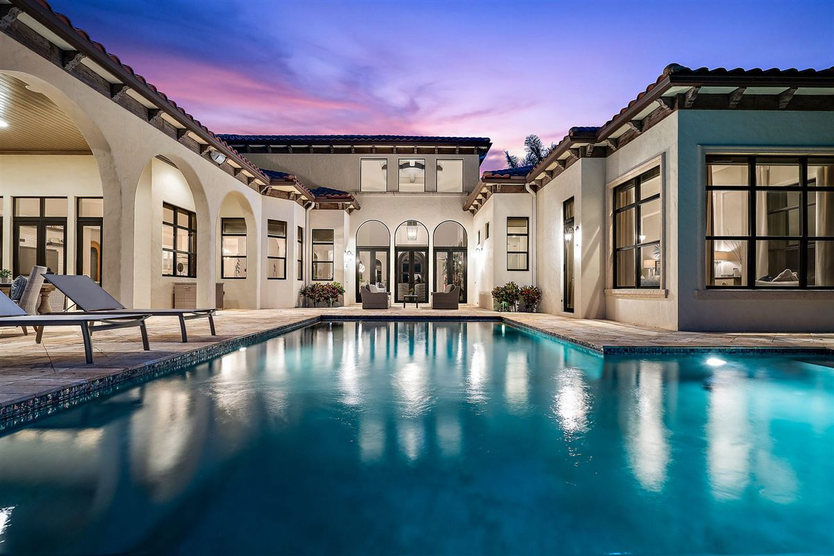 Luxury homes in recently renovated lakefront home