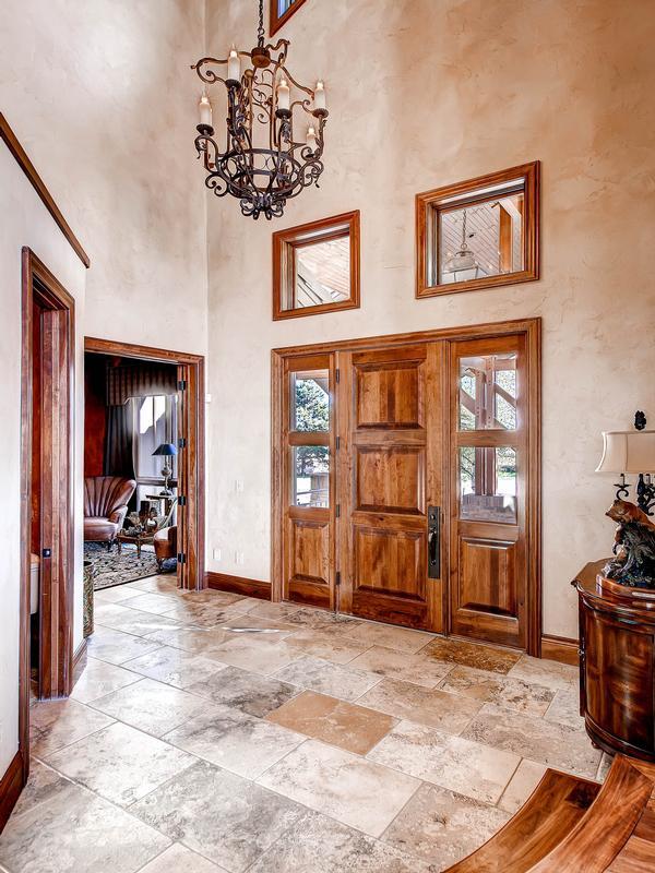 Luxury real estate Impeccable Craftsmanship