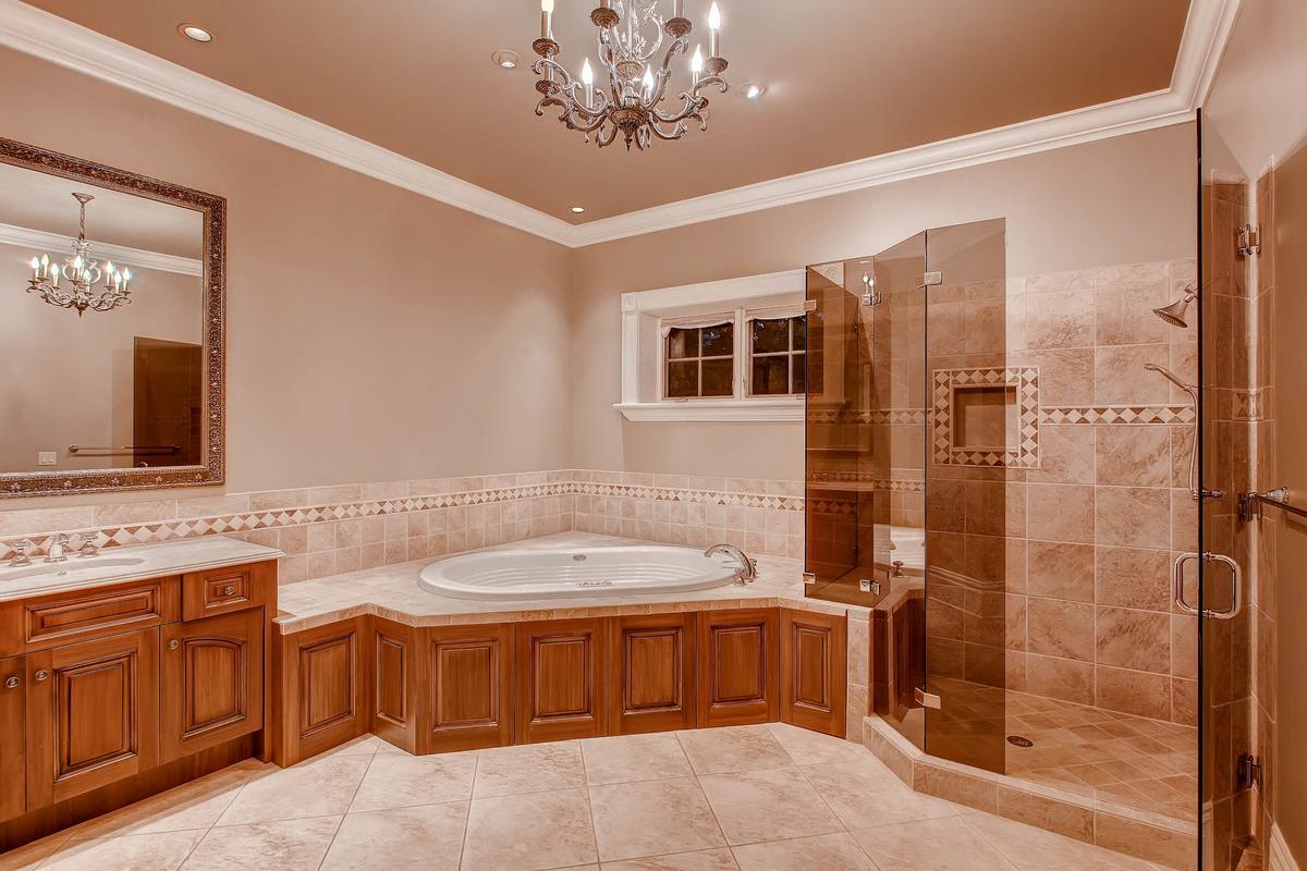 Incomparable Colorado Estate mansions