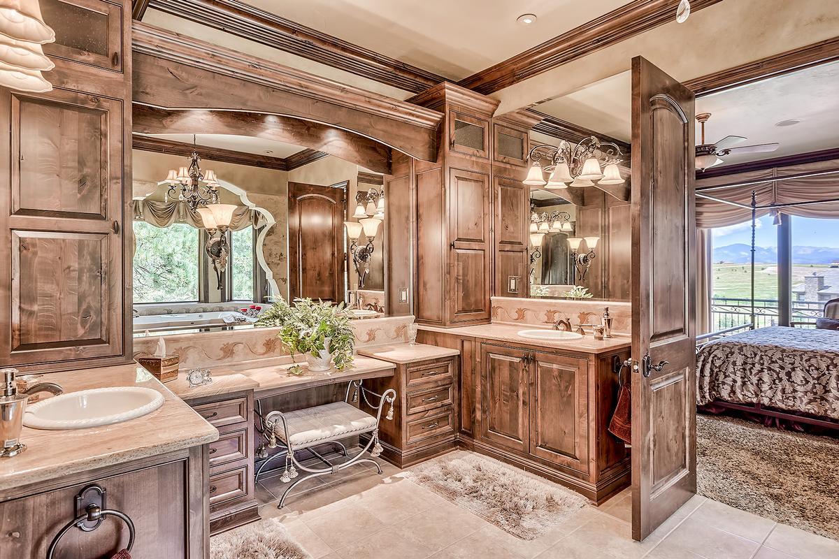 Luxury properties Estancia ELEGANCE REDEFINED