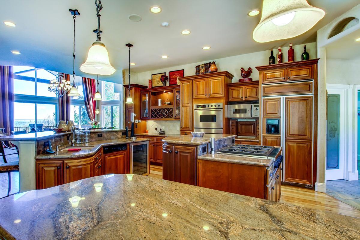 Luxury homes in Broadmoor Resort Perfection