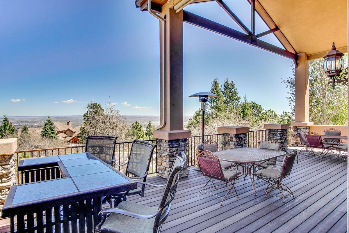 Luxury properties Broadmoor Resort Perfection