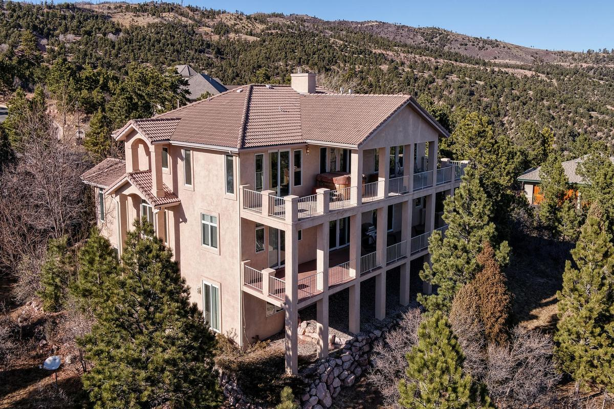 SPECTACULAR TWO STORY WITH TOP OF THE WORLD VIEWS luxury homes