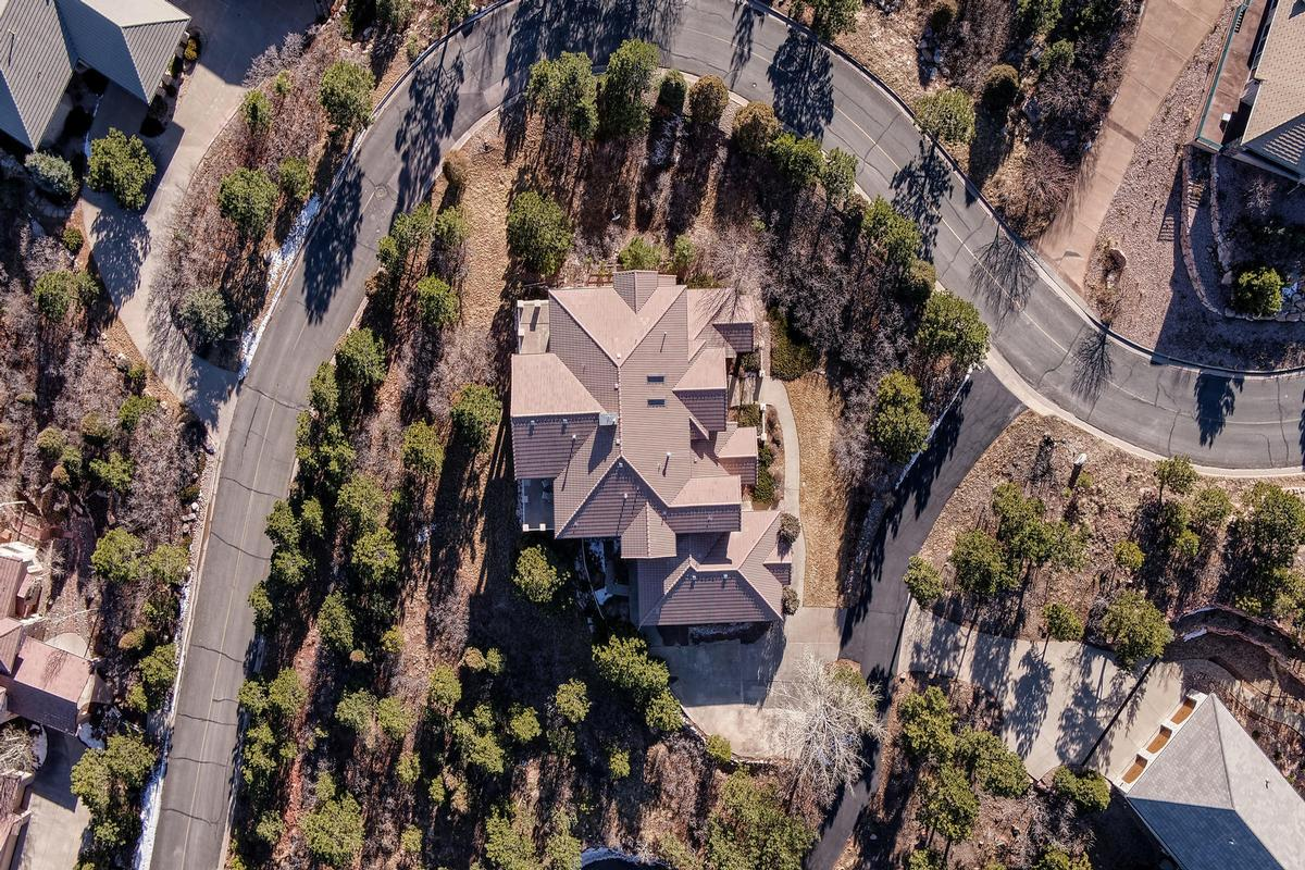 SPECTACULAR TWO STORY WITH TOP OF THE WORLD VIEWS luxury real estate