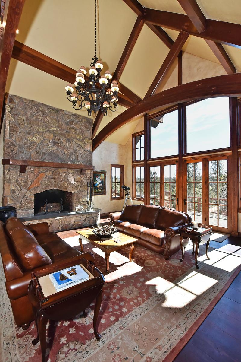 Mansions in Extremely private Colorado Mountain Estate