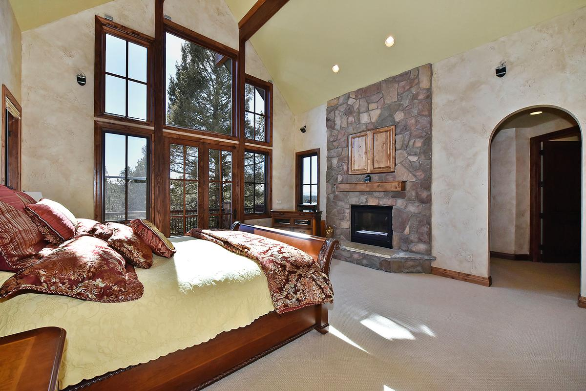Luxury real estate Extremely private Colorado Mountain Estate