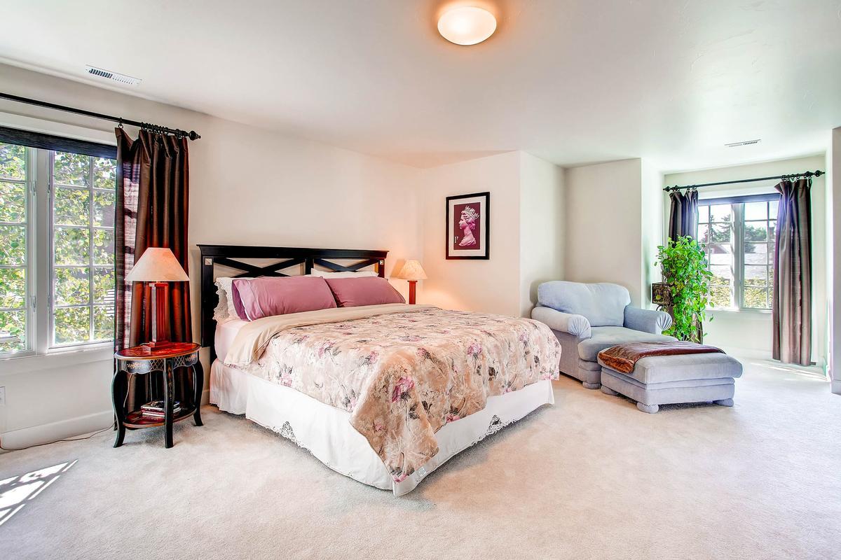 Luxury properties Private Broadmoor Estate on Prime Lot