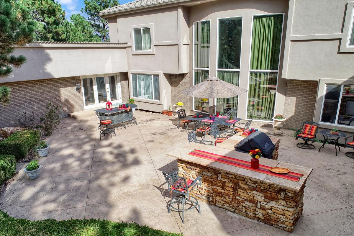 Luxury properties Resort-Style Home in the Heart of Colorado Springs