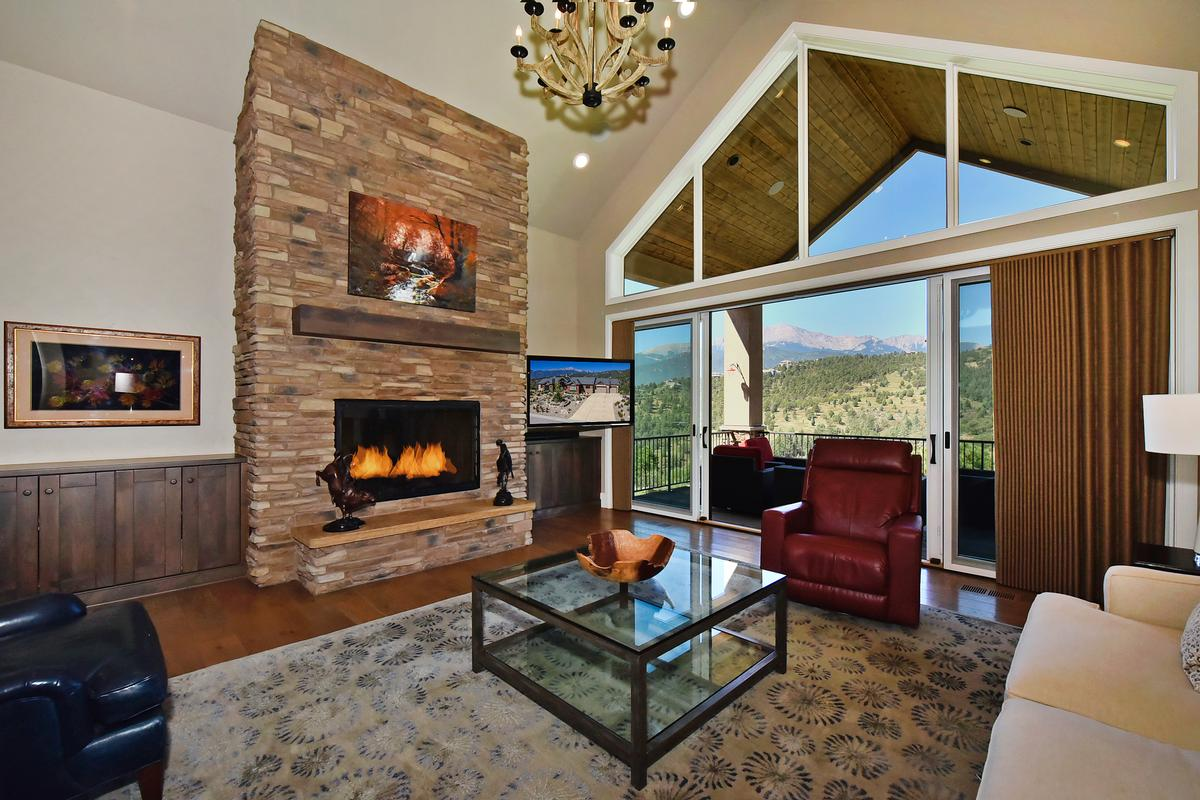 Outstanding ranch style home on 1.3 acres luxury properties