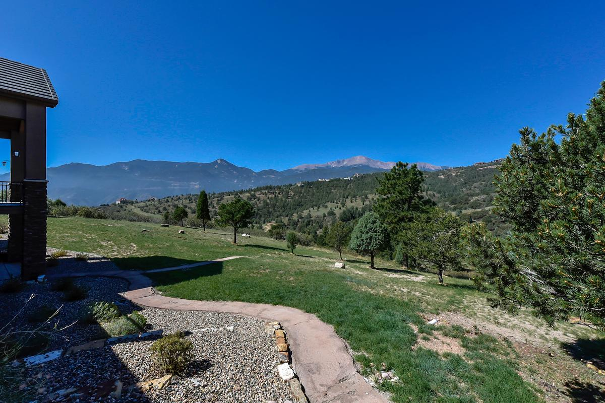 Outstanding ranch style home on 1.3 acres luxury homes