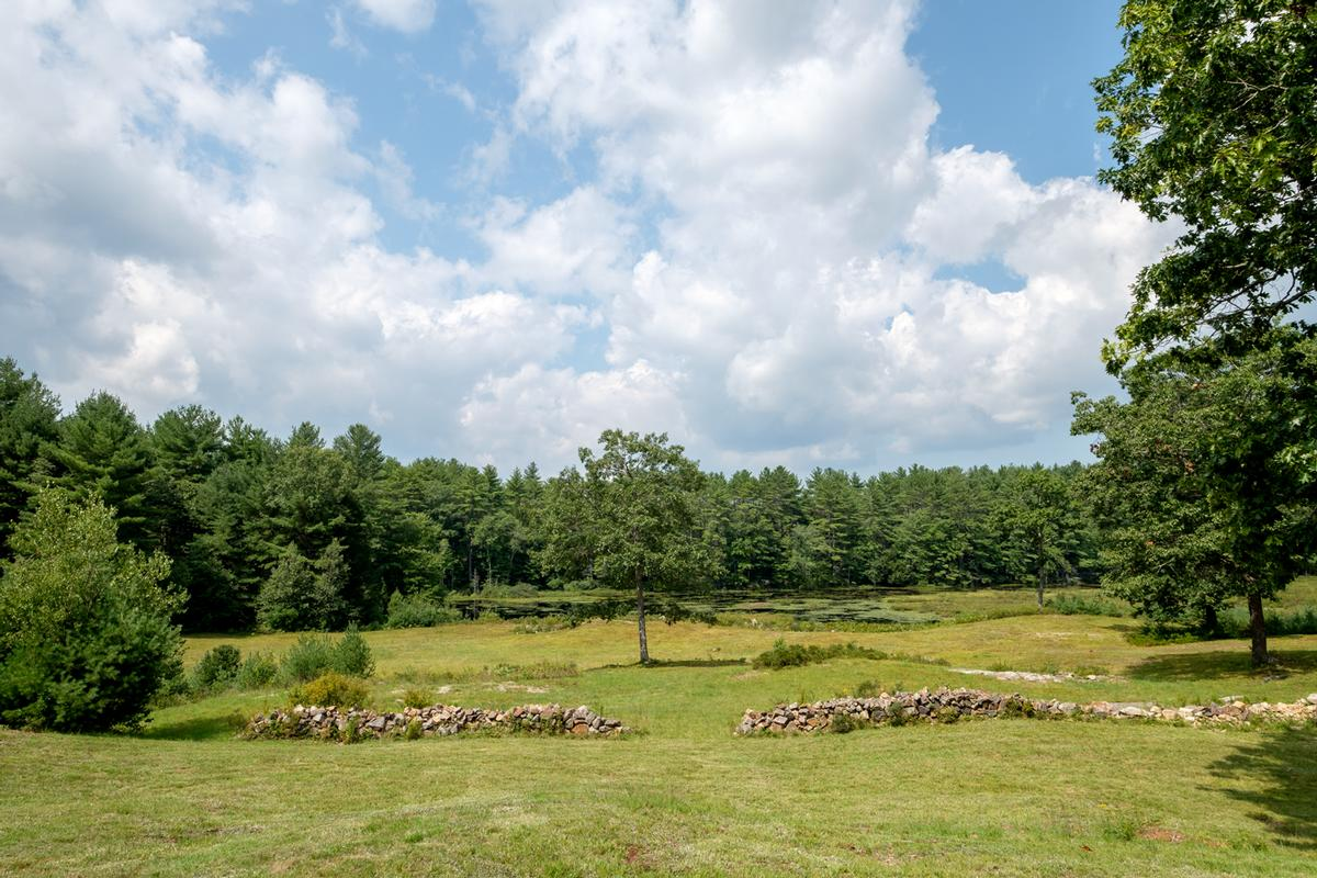 Luxury properties Private Home abuts 4,000 acres conservation land