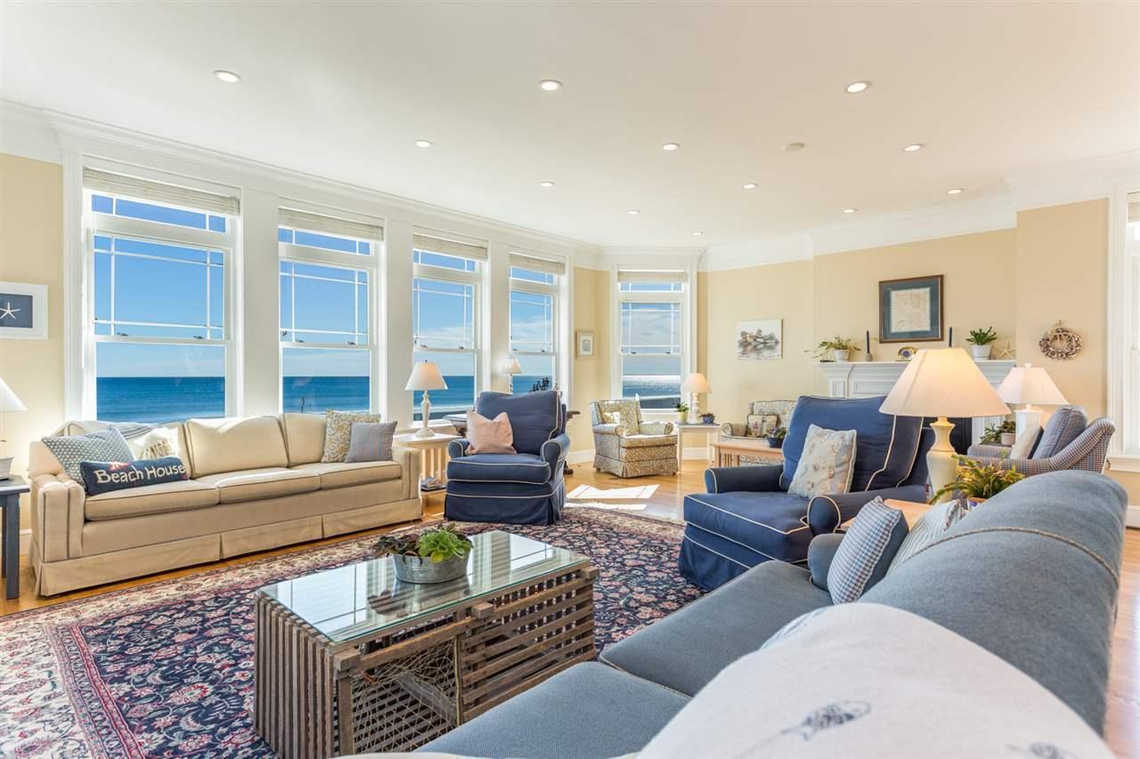 BEAUTIFUL HAMPTON BEACH WATERFRONT HOME | New Hampshire Luxury Homes