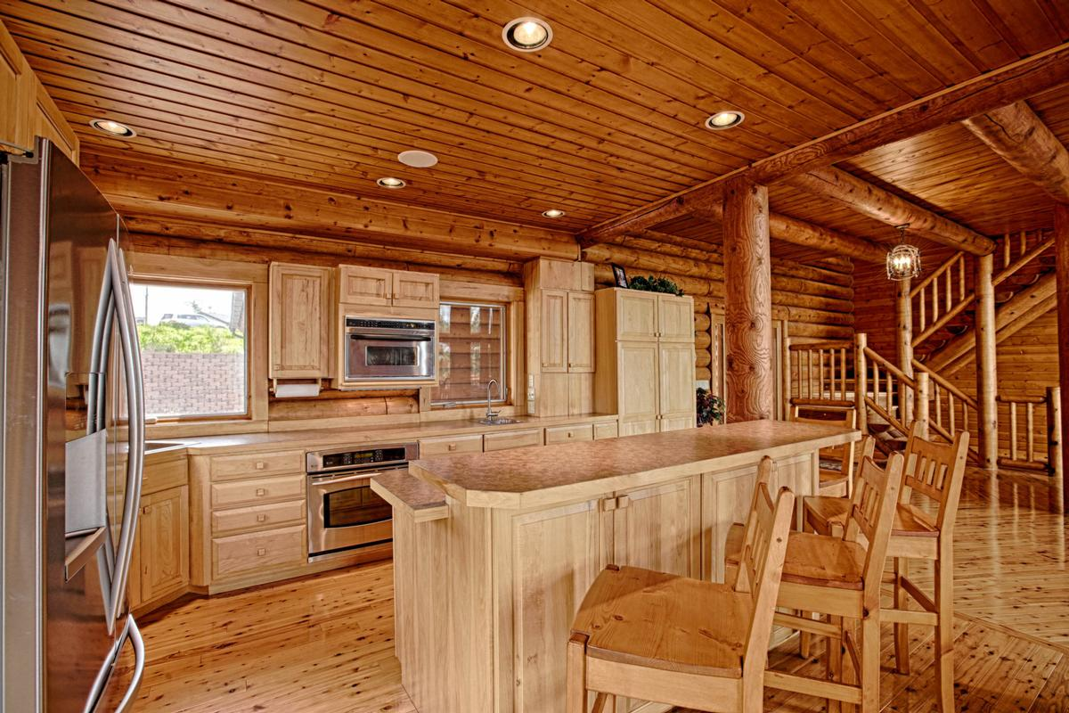 Luxury homes Luxury Log Home at Lake McConaughy