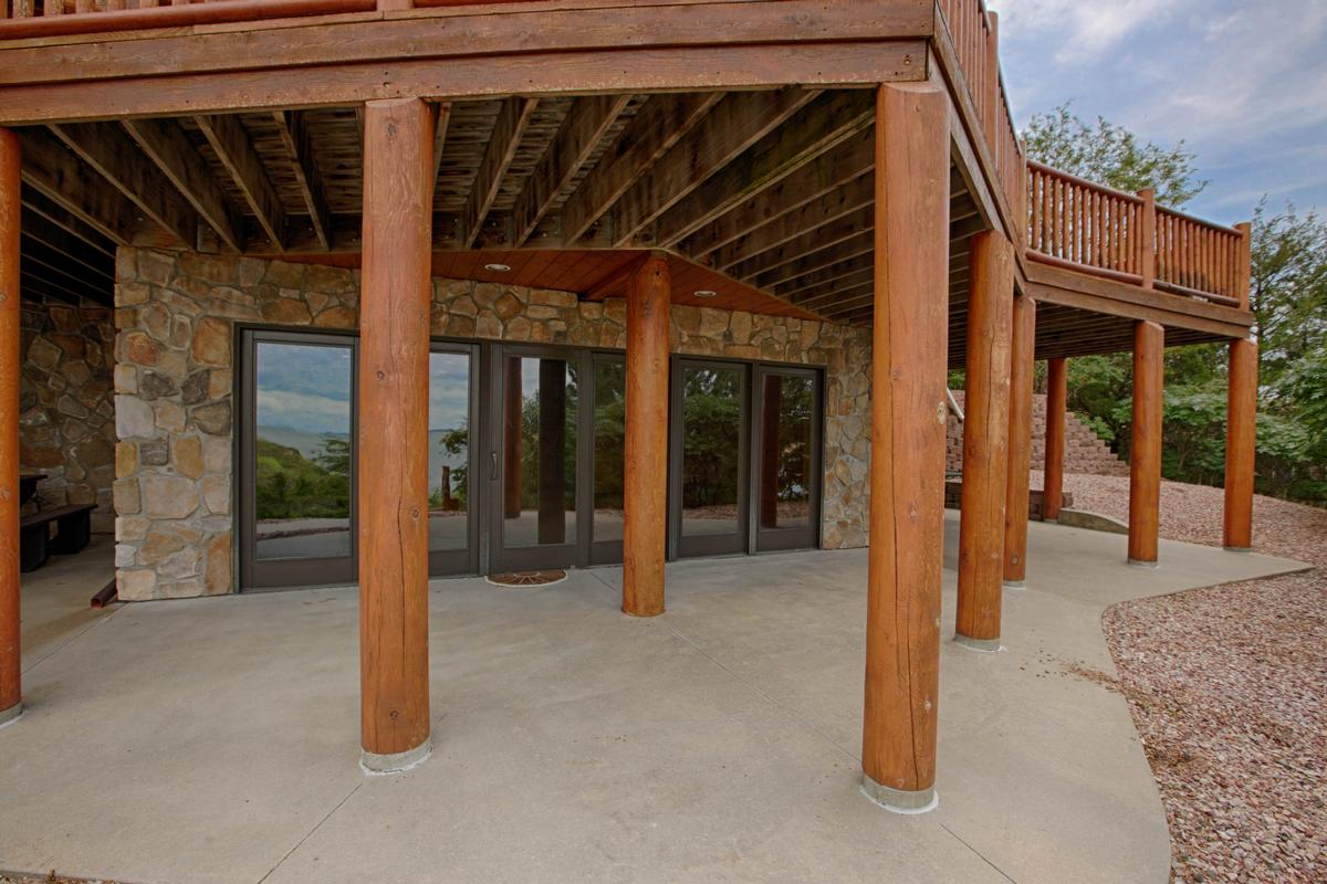Luxury homes in Luxury Log Home at Lake McConaughy