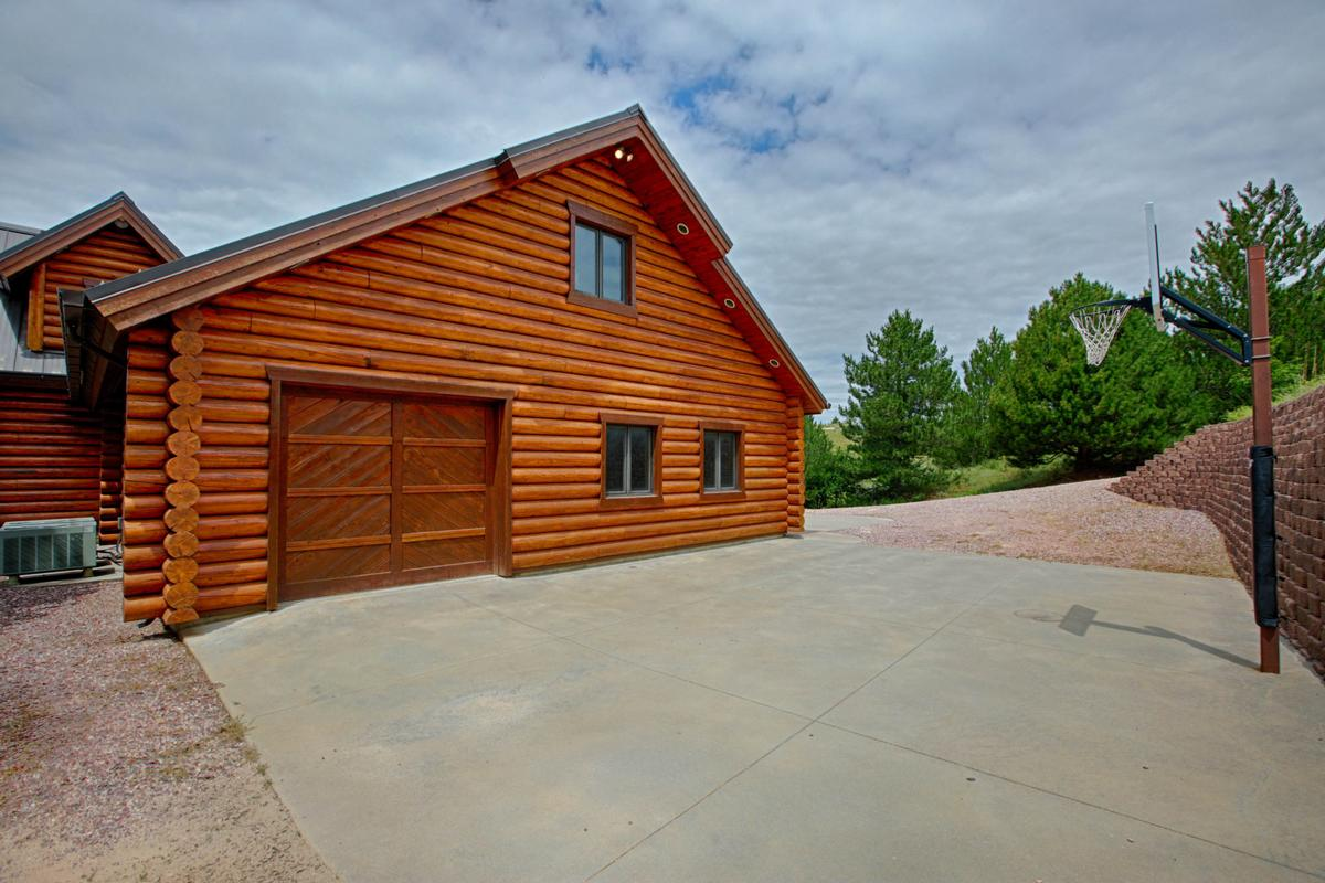 Luxury Log Home at Lake McConaughy mansions