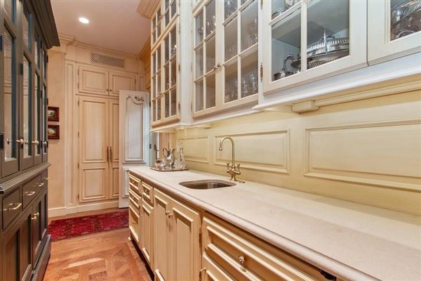 Mansions Spectacular custom all brick home in prime Mission Hills