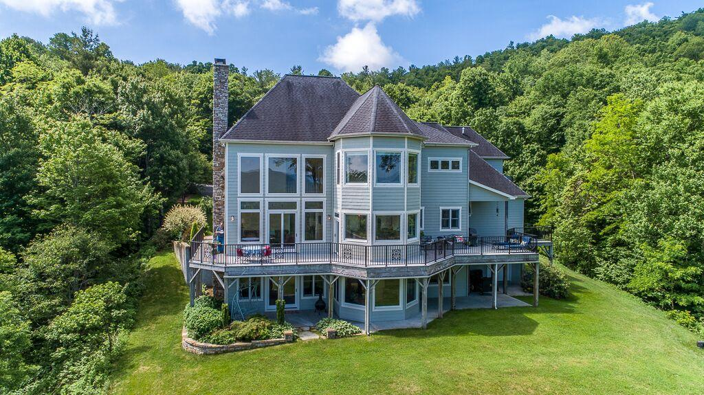 Luxury properties Blue Ridge Estate