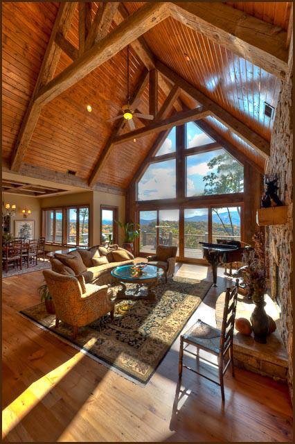 Luxury properties Ridgetop Estate