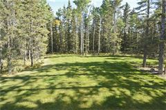 Luxury real estate gorgeous home in Priddis Greens