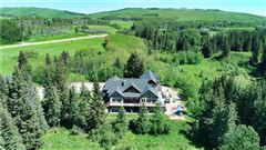 Luxury properties Country estate living