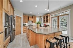 Luxury homes in sought after location in Discovery Ridge