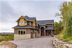 amazing executive home in Bearspaw Valley luxury real estate