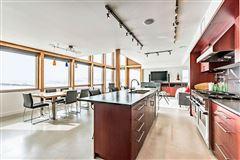 Luxury homes MASTERPIECE by JEREMY STURGESS - FAMOUS AWARD-WINNING CANADIAN ARCHITECT