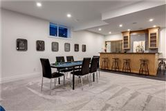 Luxury real estate Modern yet timeless farmhouse