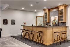 Modern yet timeless farmhouse luxury real estate