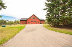 Luxury homes in stunning red deer estate