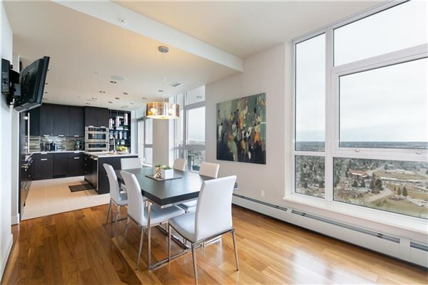 magnificent penthouse living in Ovation luxury real estate