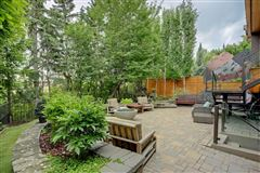 This executive family home in Elbow Park luxury real estate