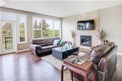 Luxury homes prestigious community of Aspen Woods