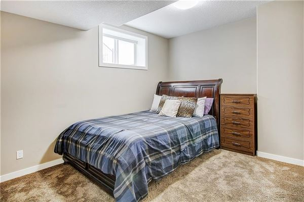 Luxury real estate prestigious community of Aspen Woods