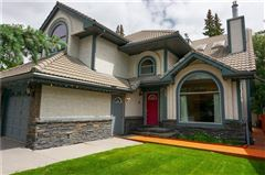 Luxury homes in Luxury Home in the Heart of Banff