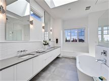 Luxury real estate 977 East lakeview RD