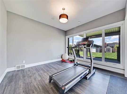 977 East lakeview RD luxury real estate