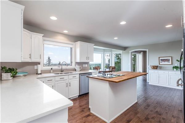 Luxury properties gorgeous updated estate home