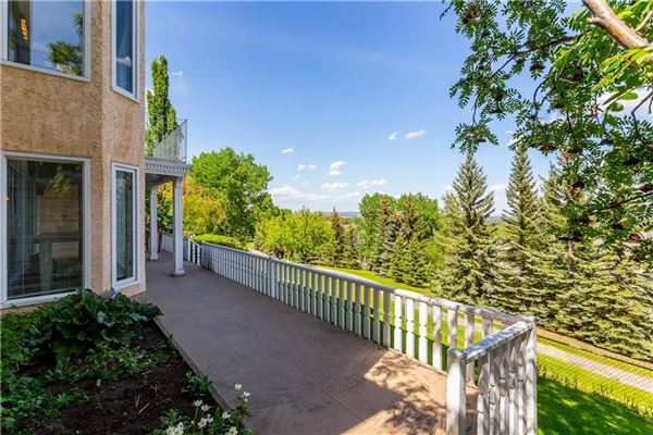 gorgeous updated estate home luxury properties