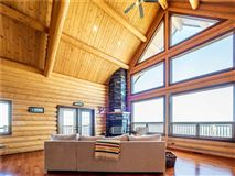 Luxury homes 20-acre patch of paradise
